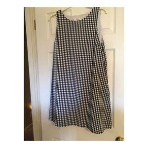 Vineyard Vines Gingham Dress!!